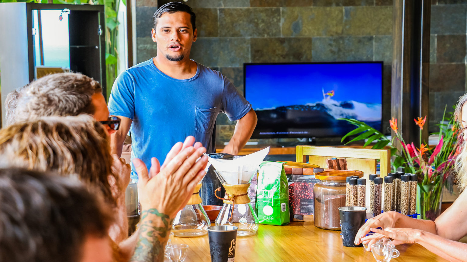 Complimentary coffee tasting of the best Costa Rican Gourmet coffee