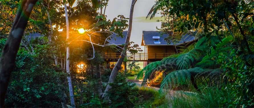 Kalon Surf Hotel Jungle Approach